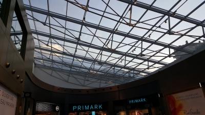 Centre commercial Rive Gauche (Charleroi) - Verrière